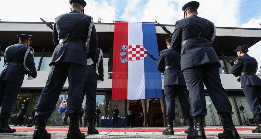 Obilježava se Dan Hrvatske vojske: Vlada donosi odluku o kupnji borbenih aviona