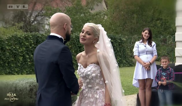 Nadia i Luka večeras odlučuju o budućnosti svog braka (thumbnail)