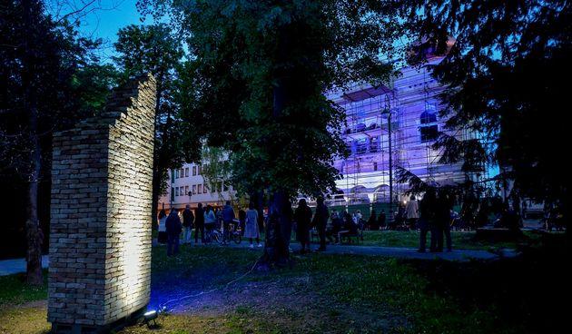 FOTO Ispred sinagoge održan koncert posvećen žrtvama fašizma