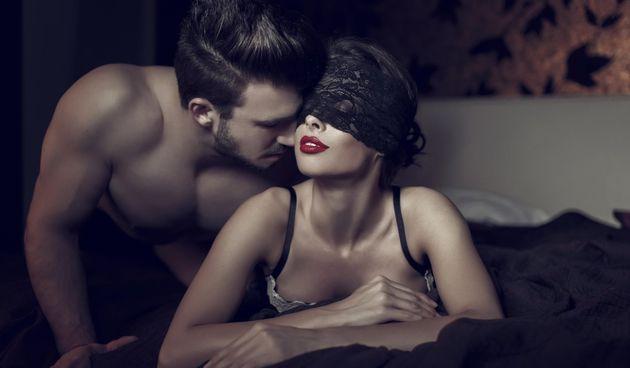 Omiljena kod mnogih parova: Ovo je najopasnija poza u seksu