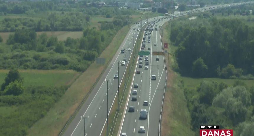 HAC: Vikend iza nas na autocestama bio je jači čak i od 2019., zarada od cestarina u odnosu na lani je - ogromna