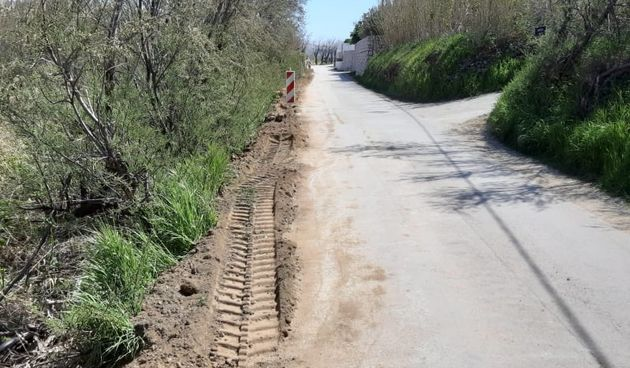 U Svetoj Jeleni počeli radovi na postavljanju elektroinstalacijskih kablova