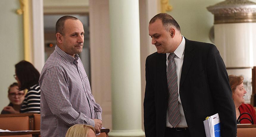 Petračić i Jelić u srazu zbog plana uređenja Zvijezde - Prvi bi odgodu i doradu, drugi tvrdi da, ne donese li se danas, ništa od dizalica