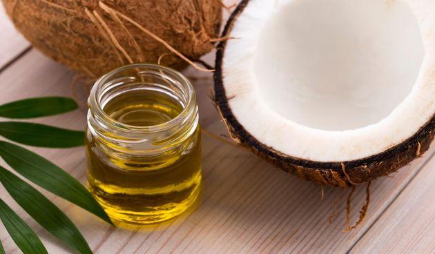 Kokosovo ulje za lice: napravite sami masku i piling za ljepšu kožu