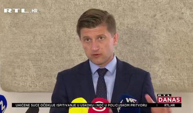 Sabor raspravlja o rebalansu proračuna! Marić: 'Troškovi covida 34 milijarde kn.' SDP: 'U dvije godine dug povećan 54 milijarde kn' (thumbnail)