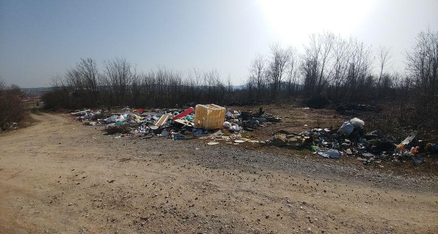 Čistoća će sanirati divlji deponij u Logorištu, zadnji put su s iste lokacije odvezli 17 tona otpada! Otvoreno  pitanje - tko su zagađivači i zašto mi plaćamo njihovu neodgovornost?