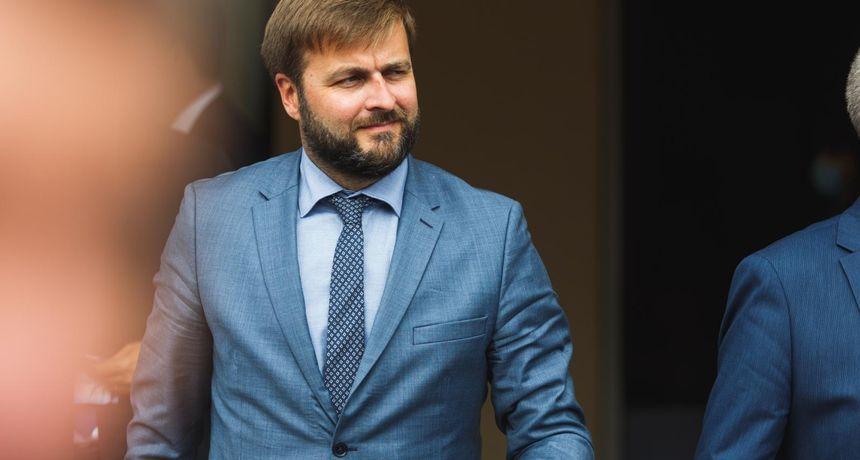Ćorić podbadao Tomaševića i Vukovića zbog Holdinga: 'Čestitke na javnom natječaju i prvim kadrovskim rješenjima'