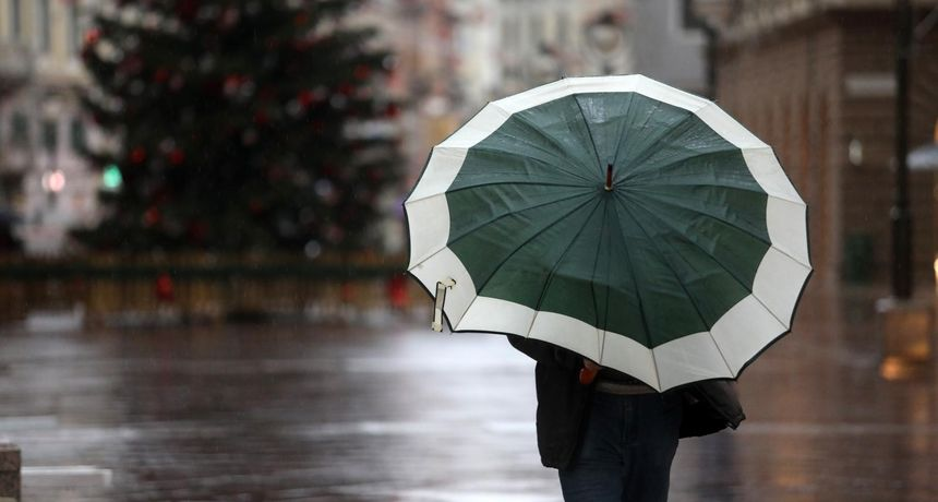 'Ljudi više ne znaju ni držat kišobran kako triba...': Evo kako se snašla žena iz Dalmacije za vrijeme kiše