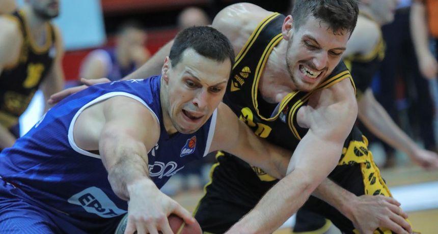 Košarkaši Splita slavili u gostima kod Cibone