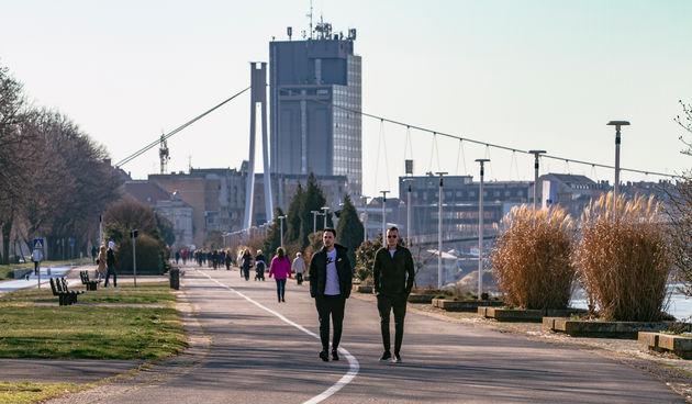 Legice i lege u nedjeljnoj šetnji