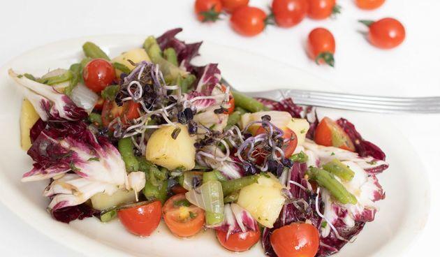 Hrana fina by Jozefina: Salata s mahunama i krumpirima s balsamico ljubičastim lukom