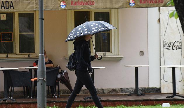 Karlovačkim (kišnim) ulicama 17.7.2020.
