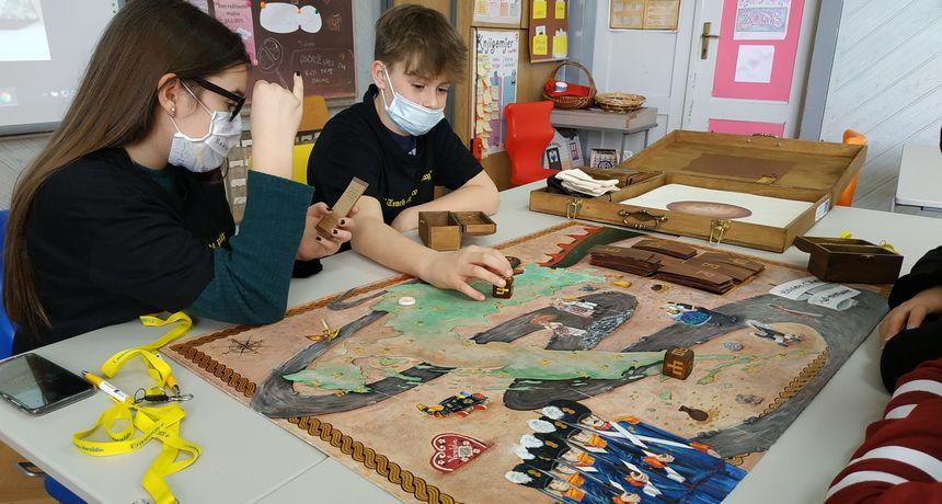 U I. osnovnoj školi Varaždin izrađena druga edukativna igra naziva 'Stolen Chest Adventure'