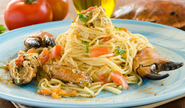 Spaghetti with bottarga and crab