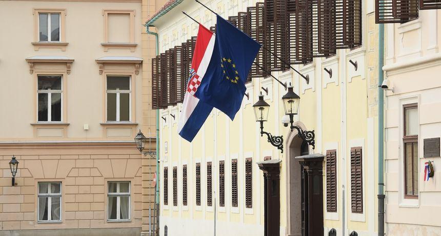 Sutra u Hrvatskoj Dan žalosti zbog smrti osmero mladih: 'To je poruka solidarnosti'