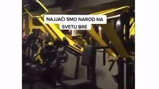 Moguće samo na Balkanu: Tip u teretani držao koncert dok su drugi vježbali