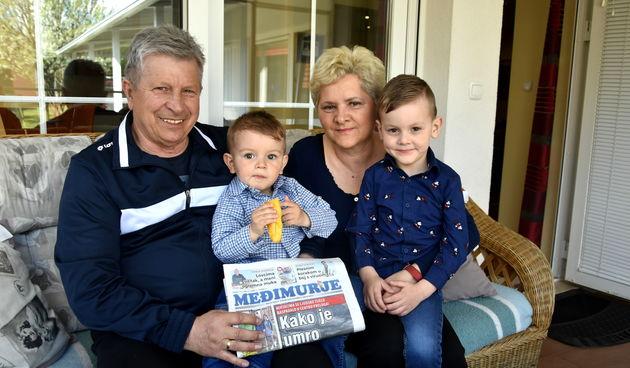 BRAČNI PAR NOVAK IZ NOVAKOVCA 'Ljubav prema unucima riječima se teško može opisati'
