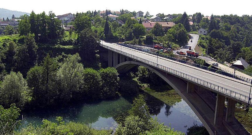 Primijećeno zamućivanje rijeke Slunjčice, Grad zatražio hitnu reakciju Hrvatskih voda - evo što su odgovorile