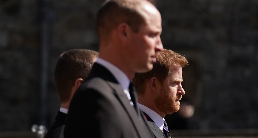 Čitači s usana otkrili o čemu su Harry i William pričali nakon sprovoda princa Philipa