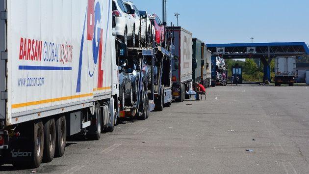 Bajakovo, kamioni