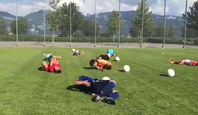 Ono kad te ismijavaju i klinci: Pogledajte kako Neymarovo kotrljanje imitiraju najmlađi (thumbnail)