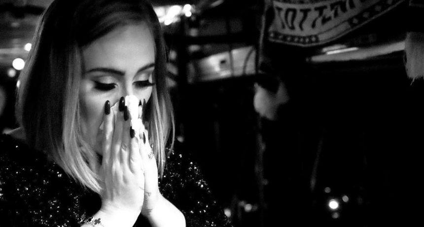 Preminuo otac pjevačice Adele zbog kojeg je imala traume: Do smrti je pokušavao izgladiti odnos s njom
