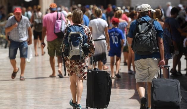 turisti koferi smještaj