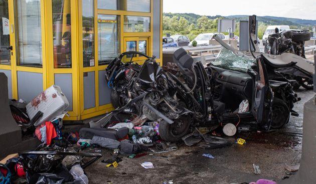 U teškoj prometnoj nesreći na naplatnim kućicama sudjelovala tri vozila