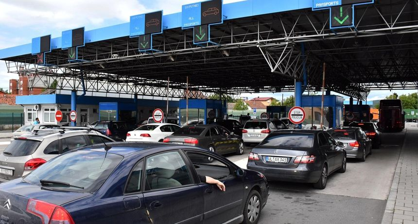 Hrvatska bez najave postrožila mjere na granici s BiH? Građani tvrde da je ukinuto pravilo ulaska od 12 sati