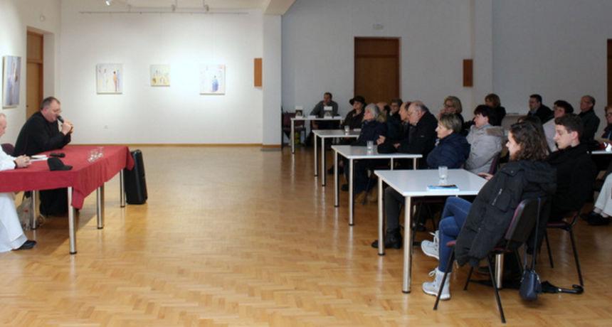 Pepelnica umjetnika u Karlovcu: Biti dobar i pošten, biti dostojanstven - to može svaki čovjek!