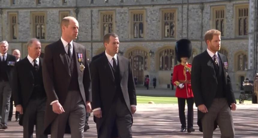 Nakon sprovoda princa Philipa, svijet ne prestaje pričati o odnosima kraljevske obitelji. Sve su oči uprte u prinčeve Harryja i Williama