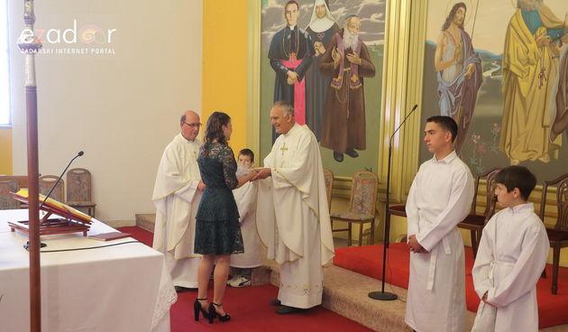 Bibinje: Sakrament Svete Krizme u crkvi Velike Gospe