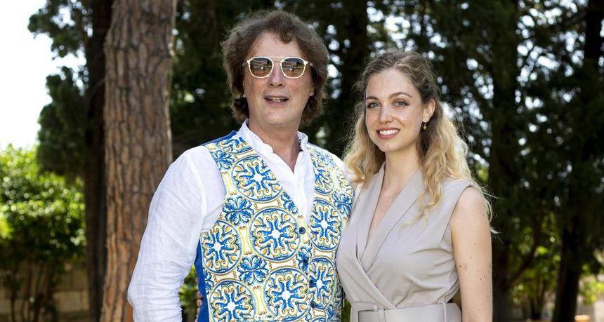 Tonči Huljić predstavio svoju novu pop misu, a s njime bila i kći Hana koja je zablistala u kombinezonu