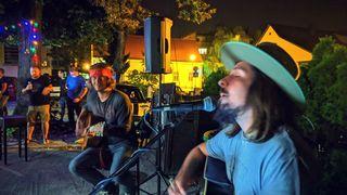 Zack Dust održao svirku u Caffe baru Elephant
