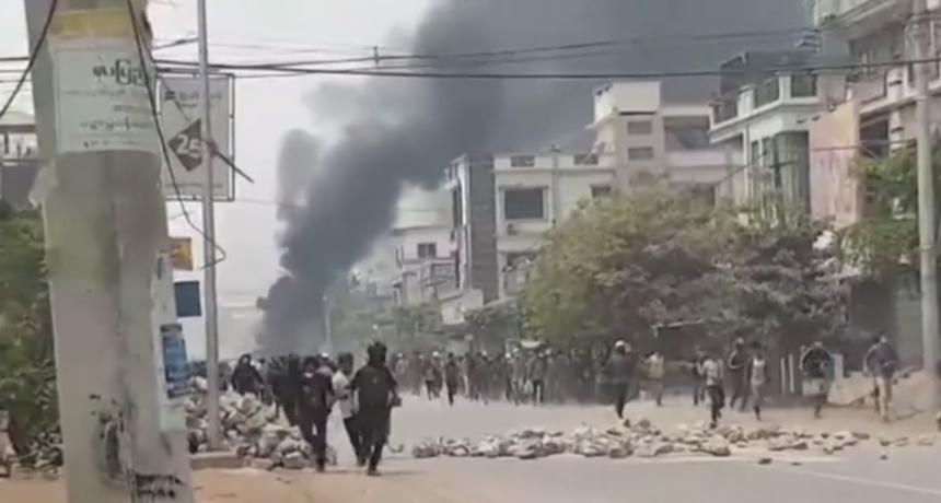 Najmanje 13 ubijenih u pucnjavi mjanmarske vojske na prosvjednike
