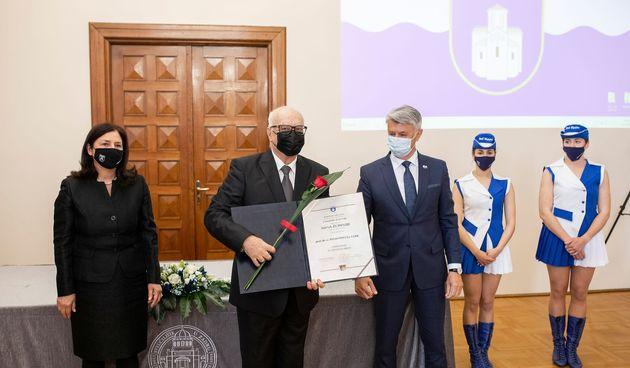 dr Pavuši Vežiću nagrada Zadarske županije za životno djelo