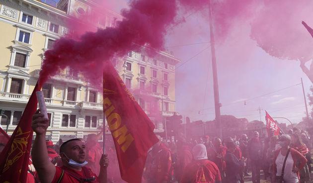 Prosvjedi zbog mjera u Italiji