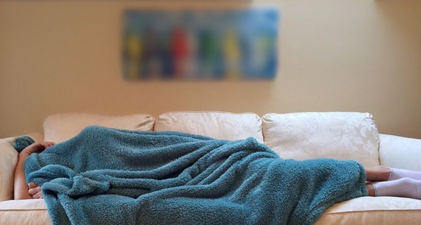 Sve veći broj ljudi pati od nesanice tijekom pandemije: Stručnjaci savjetuju kako lakše utonuti u san