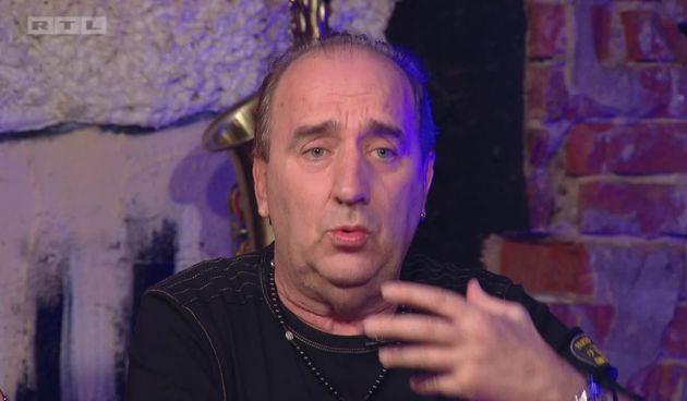 Grdović oponaša Mišu Kovača i komentira kako je Petković preradio njegovu pjesmu za Dinamov stadion: 'To je sama publika odabrala' (thumbnail)