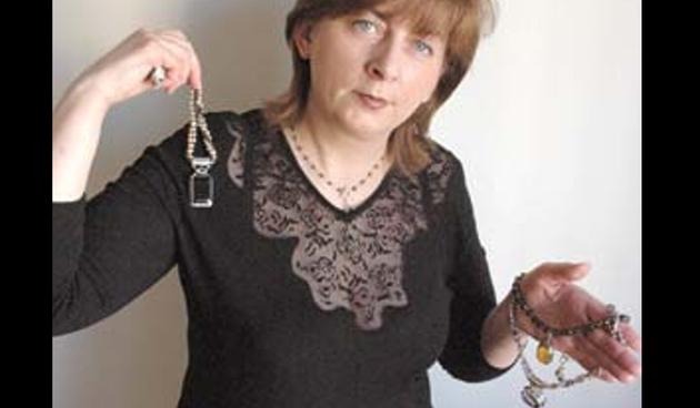 Adamcova nakit žena krk