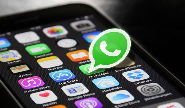 1. WhatsApp - Facebookova aplikacija za razmjenu poruka