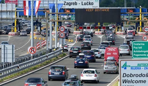Lučko, promet, prometna gužva, kolona, automobili