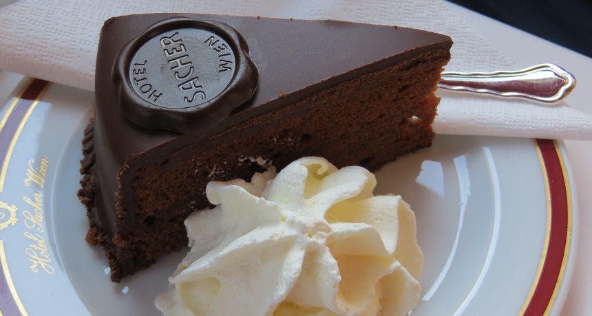 Torte recepti: Pročitajte recepte za najomiljenije čokoladne torte