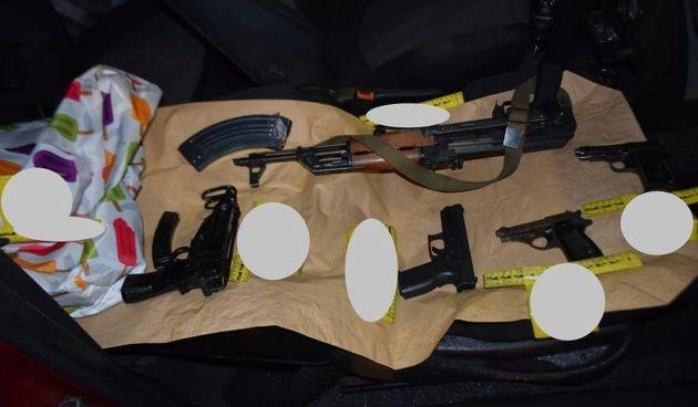 Uhićen trojac u Karlovcu zbog ilegalnog posjedovanja oružja: Svemu prethodio video na internetu