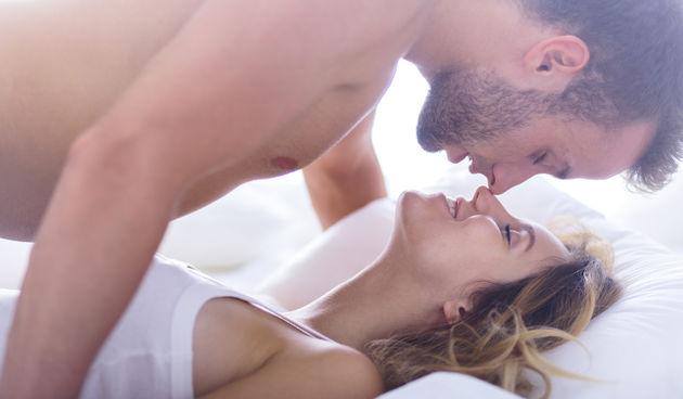 Orgazmi pomažu pri ublažavanju stresa - oslobađaju i endorfine i oksitocin, hormone ugode koji se bore protiv depresije i anksioznosti te se osjećate dobro I mislite sretne misli