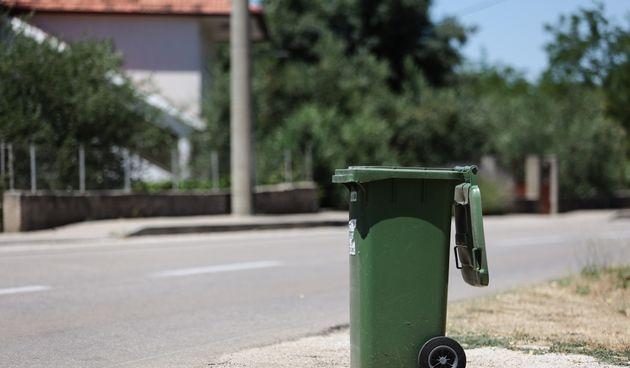 kanta, otpad, smeće, galovac