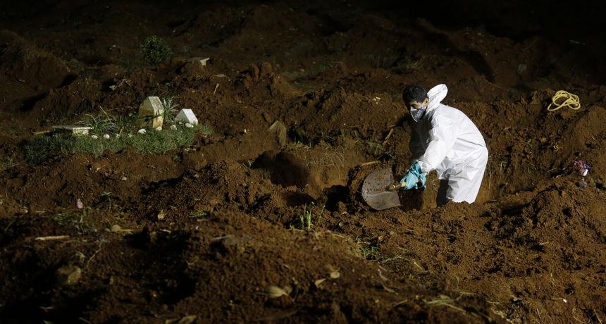 U jednom danu 400 sprovoda: Više nemaju gdje pokapati umrle od covida, ekshumirali više od 1000 tijela