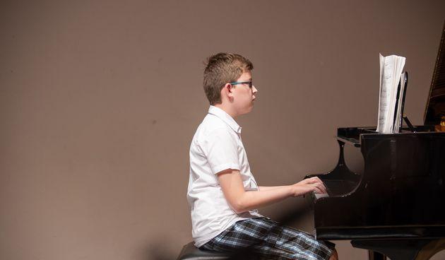 FOTO Polaznici škole sviranja i pjevanja 'Suita' glazbenim izvedbama oduševili publiku u zgradi Scheier