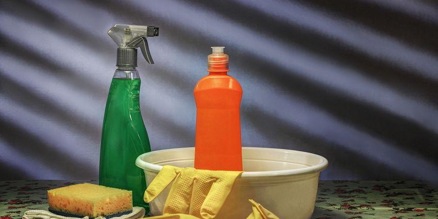 Tri odlična trika za čišćenje podova: Riješite se neugodnih mirisa iz tepiha i tragova s pločica!
