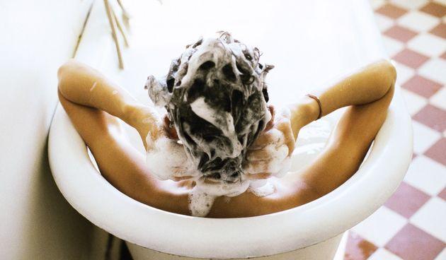 Jedan od najpoznatijih svjetskih stručnjaka za kosu otkriva kako ju pravilno oprati u četiri koraka